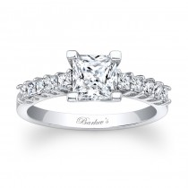Barkev's Designer Diamond Engagement Ring in 14KT White Gold with 0.44 ct in Princess Cut Diamonds 7860LW